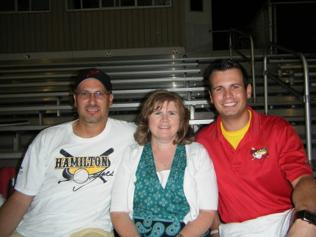dad-mom-and-i-at-joes-game
